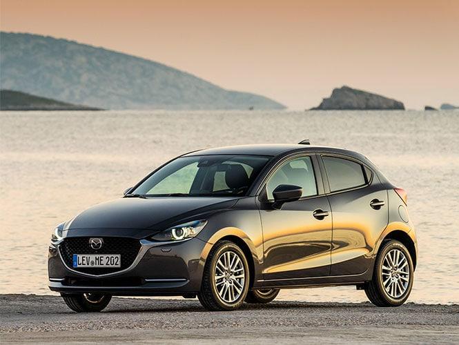 Mazda 2 Gebrauchtwagen am Wasser