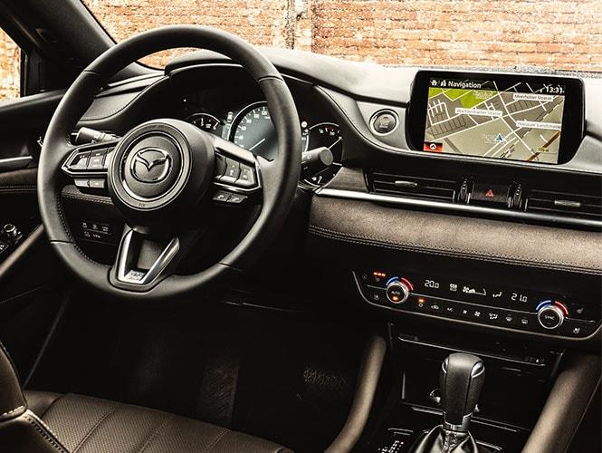 Mazda 3 Innenausstattung in grau