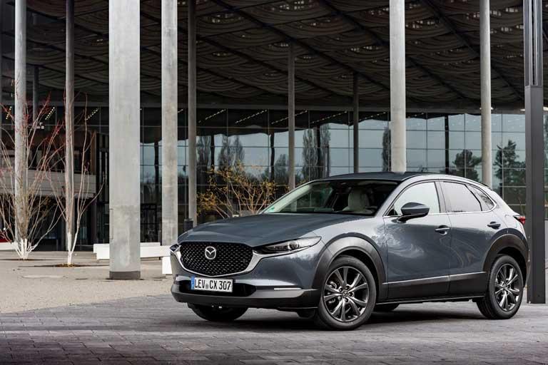 Mazda-CX-30-2021-in-Polymetal-graumetallic